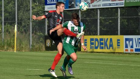 Rainer Storhas (links) wird dem TSV Landsberg bei Türkspor Augsburg fehlen.