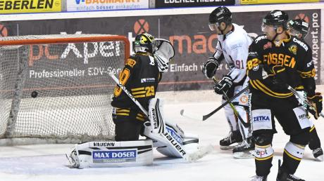 Patrick Zimmermann erzielte das zwischenzeitliche 3:3 gegen Füssen. Am Ende mussten sich die Königsbrunner mit 4:8 geschlagen geben.