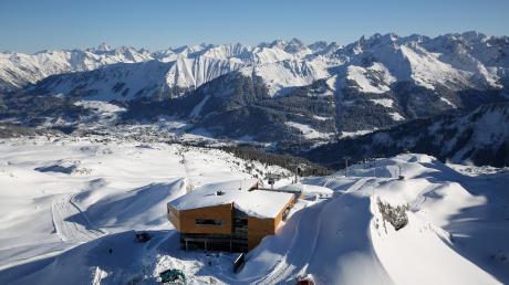 Von solchen Wintersportverhältnissen wie hier am Ifen träumen alle Skifahrer und Snowboarder.