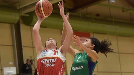 Sami Hill macht sich lang und punktet gegen Göttingen. Die 24-jährige Kanadierin hatte nach ihrer Knöchelverletzung ein furioses Comeback.
