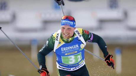 Erik Lesser und Co. starten in die Einzel-Weltcups. Foto: Darko Bandic/AP