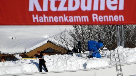Einen Tag früher als erwartet jagen am Freitag die Skirennfahrer über die legendäre Streif in Kitzbühel. Foto: Hans Klaus Techt/APA
