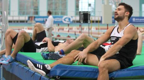Der Ulmer Mehrkämpfer Tim Nowak nach dem Tausendmeter-Lauf bei den deutschen Hallenmeisterschaften in Halle/Saale. Am Ende holte er sich die Silbermedaille, die SSV-Sportler hatten im Vorfeld aber mit Gold geliebäugelt. Sie reisten als Favoriten nach Sachsen-Anhalt.