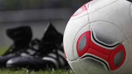 Die Fußballer des TSV Schwabmünchen werden erst im August mit dem Training beginnen.