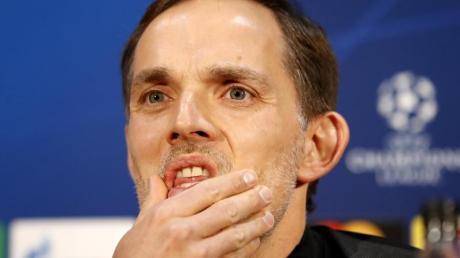 Hat mit Paris Manchester United vor der Brust: PSG-Coach Thomas Tuchel.