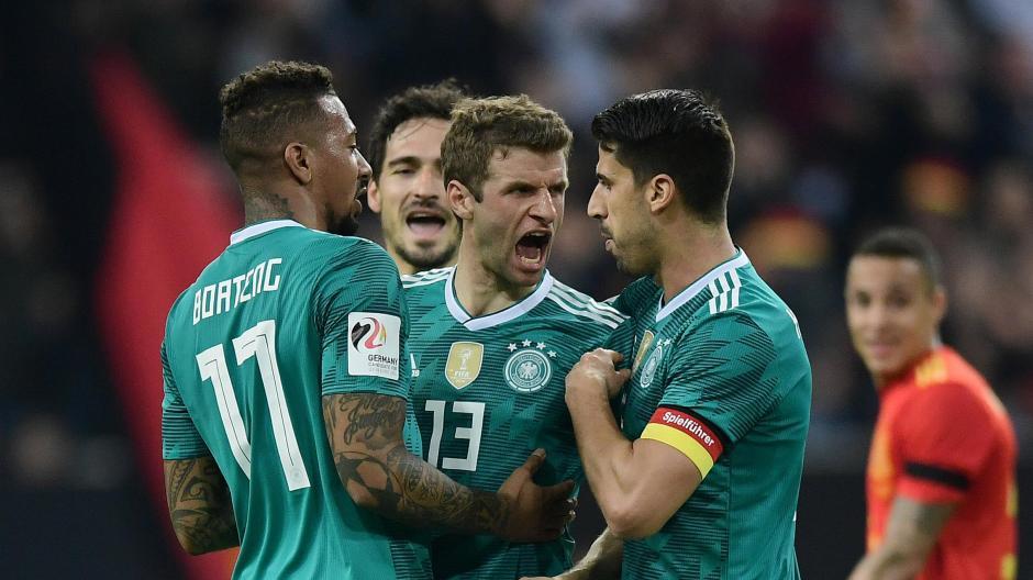 Fussball Nationalmannschaft Ist Das Bayern Trio Jogi Lows