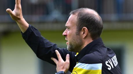 Noch hat Trainer Michael Schwer nicht aufgegeben. Wenn sein SV Beuren in Burlafingen punktet, dann glaubt er an eine Chance im Abstiegskampf.