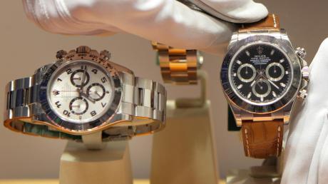 Ewige Währung für Gefälligkeiten: edle Armbanduhren.