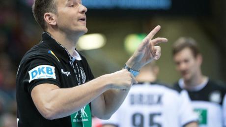 Hat mit dem DHB-Team Polen vor der Brust: Handball-Bundestrainer Christian Prokop. Foto: Federico Gambarini