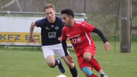 Haci Ay (rechts) ist Top-Vorlagengeber des TSV Pöttmes. Im Spiel gegen Untermaxfeld hat sich der Offensivspieler schwer verletzt.
