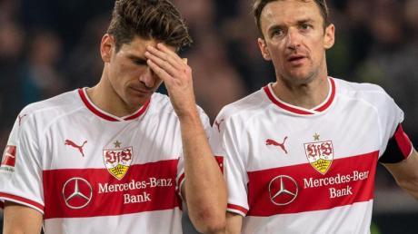 Sinnbilder der Stuttgarter Krise: Mario Gomez (l) und VfB-Kapitän Christian Gentner.
