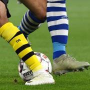 Verspricht stets spannenden Fußball: Das Derby zwischen Schalke und Borussia Dortmund. Foto:Ina Fassbender/dpa