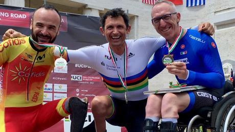 Paracycler Michael Teuber freut sich über seinen zweiten Sieg im Einzelzeitfahrer und die Gesamtführung im Weltcup.