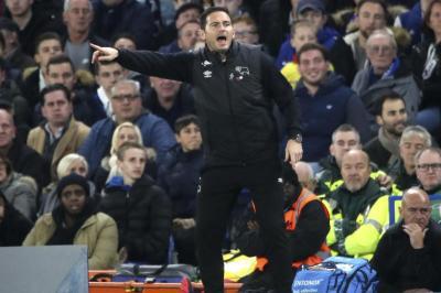 Lampard gegen Terry:Legenden im Duell um den Aufstieg