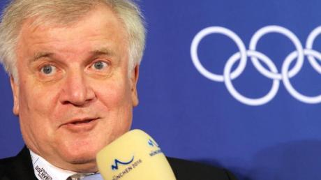 Für Bundesinnenminister Horst Seehofer ist ein Olympia-Bewerbung für die Spiele 2036 undenkbar. Foto: Stephan Jansen