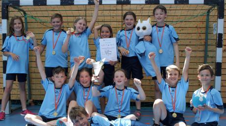 Die Grundschule Affing triumphierte beim Handball-Kreisfinale in Friedberg.