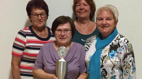 Die Sieger-Schützinnen aus Bachhagel: (von links) Johanna Endler, Margaretha Hefele, Silvia Wasserbäch und Rosemarie Rau.