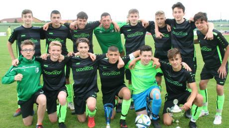 Die B-Jugendlichen des FC Stätzling gewannen das Pfingstturnier bei der SG Affing/Gebenhofen. Im Finale bezwangen sie den TSV Friedberg.
