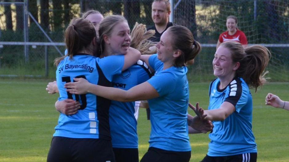 Fussball Schone Frauenfussball Welt Sport Neuburg