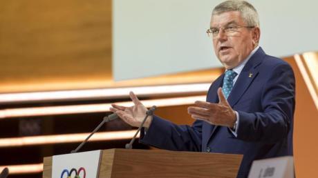 IOC-Chef Thomas Bach ist zufrieden mit dem neuen Werbevertrag.