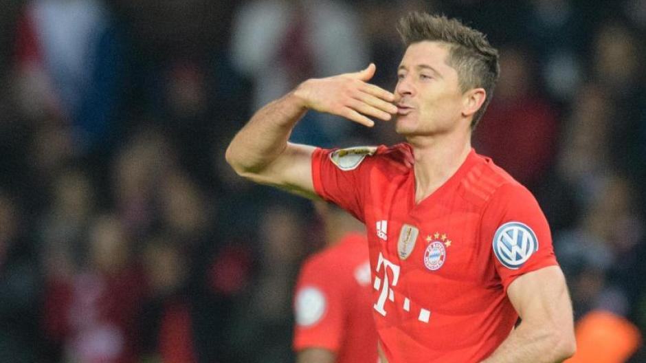 Fc Bayern News Kommt Leroy Sane Fc Bayern Dementiert Bericht