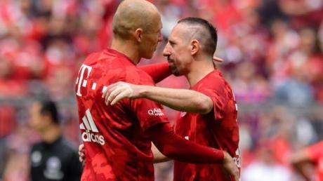 Prägten lange Zeit den FC Bayern: Arjen Robben (l) und Franck Ribery.
