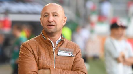 """In der vergangenen Saison hatte FCA-Präsident Klaus Hofmann nicht immer Freude an den Auftritten seiner Mannschaft: """"Es war nicht immer FC Augsburg drin, wo FCA draufstand."""""""