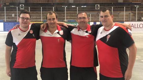 Die erfolgreichen Tegernbacher: (von links) Stefan Wagner, Michael Wagner, Martin Kurz und Markus Wagner.