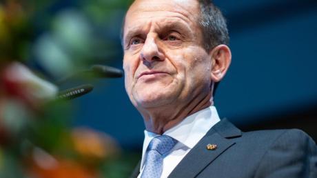 DOSB-Präsident Alfons Hörmann wird beim Karlsruher Sportgespräch zur Leistungssportreform Stellung beziehen. Foto: Guido Kirchner