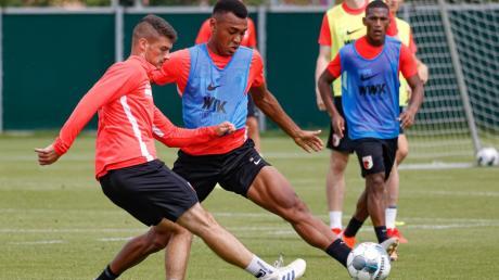 Früher Gegenspieler beim FCA-Training, heute in der 3. Liga: Jozo Stanic (links) und Maurice Malone.