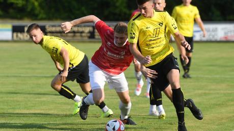 Tobias Wiesmüller (rechts) vom TSV Gersthofen wechselt zum TSV Aindling.