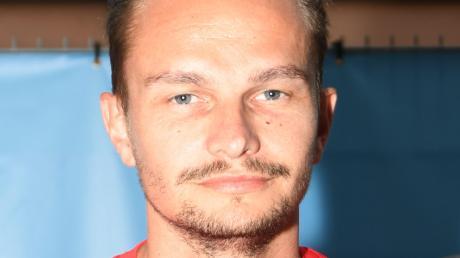 Der neue Spielertrainer des Bezirksligisten SC Bubesheim: David Bulik startet heute mit seiner Mannschaft in die Saison.