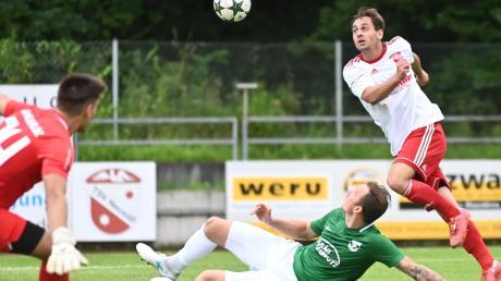 Nicht oft kamen Benedikt Gerstmaier und der TSV Neusäß vor das Neugablonzer Tor. Am Ende macht ein Treffer den Unterschied – so wie am vergangenen Wochenende in Babenhausen, als der TSV mit 1:0 gewann.