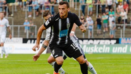 Ardian Morina traf zweimal beim deutlichen 5:1-Sieg seiner Ulmer Spatzen gegen den FC Homburg.