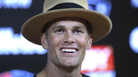 NFL-Superstar Tom Brady will mit den New England Patriots wieder den Titel holen. Foto: Charles Krupa/AP