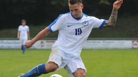 Tobias Korsten will mit einen Toren dazu beitragen, dass der SV Adelsried wieder bessere Zeiten erlebt.