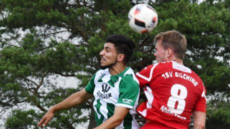 Harter Bankplatz oder Startelf? Welche Verwendung Gundelfingens Coach Martin Weng für Tarik Öz (links) findet, das ist noch nicht klar.