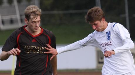 2011/12 trafen der TSV Dasing (links Christian Fischer) und der SC Griesbeckerzell (rechts Dominique Gaßmair) letztmals in einem Punktspiel aufeinander. Am Sonntag ist es aber wieder so weit.