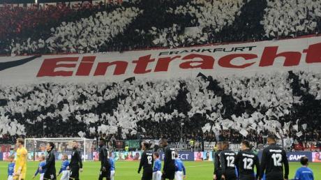 Der FC Arsenal lernt in der Europa League die besondere Atmosphäre in Frankfurt kennen. Foto: Arne Dedert