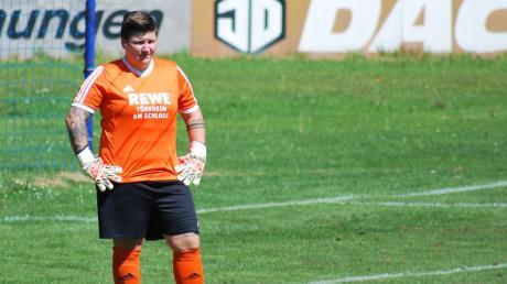 Türkheims Torhüterin Michaela Vogel rettete ihrer Mannschaft mit einigen guten Paraden den Auftaktsieg gegen Blonhofen.