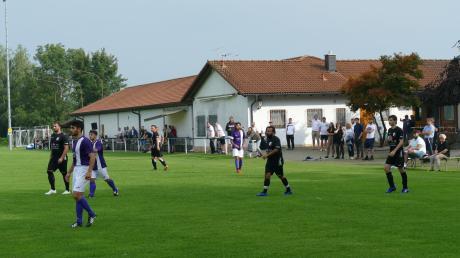 Die idyllische Sportanlage des SSV Bobingen liegt direkt am Stadtwald.