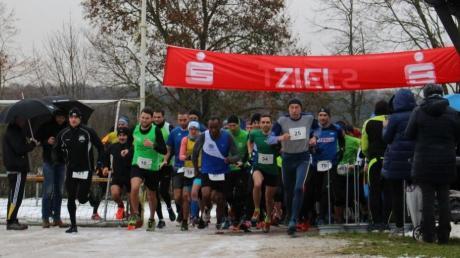 In Mauren gab es bislang den Dreikönigslauf (hier ein Archivbild vom Start des Hauptfelds), nun wird dort auch ein Rennen der Jedermannserie ausgetragen. Termin ist der 27. Oktober. Die Serie endet heuer am 15. Dezember in Rain.