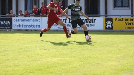 Mathias Steger (rechts) verlässt den FC Affing.