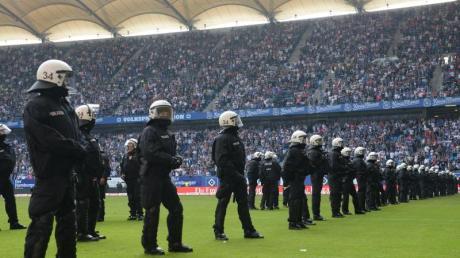 Die Bundesländer Bremen und Rheinland-Pfalz beraten über Mehrkosten bei sogenannten Risikospielen.