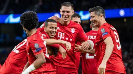 Die Bayern gewannen in der Champions League mit 7:2 bei Tottenham Hotspur. Foto: Matthias Balk/dpa