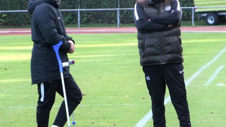 Etwas ratlos und enttäuscht standen Trainer Burak Tok und Teammanager Mehmet Celik nach dem Spiel gegen Babenhausen da. Nun ist gegen Aystetten Wiedergutmachung angesagt.