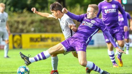 Zum Remis gestreckt: Stefan Klink, hier im jüngsten Spiel gegen Kaufbeuren, holte mit dem VfR Neuburg ein 3:3 beim SV Egg an der Günz.