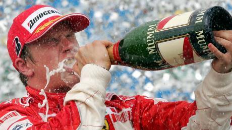 Kimi Räikkönen ist der bunte Vogel in der Formel-1-Welt.