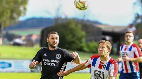 Daniel Lutz (rechts) empfängt mit dem BSV Neuburg den SV Grasheim.