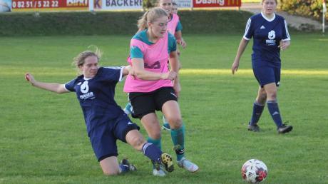 Gegen Reimlingen reichte es für Anja Breitsameter (rechts) und den TSV Sielenbach noch zu einem Sieg. Jetzt gab es aber die erste Niederlage.